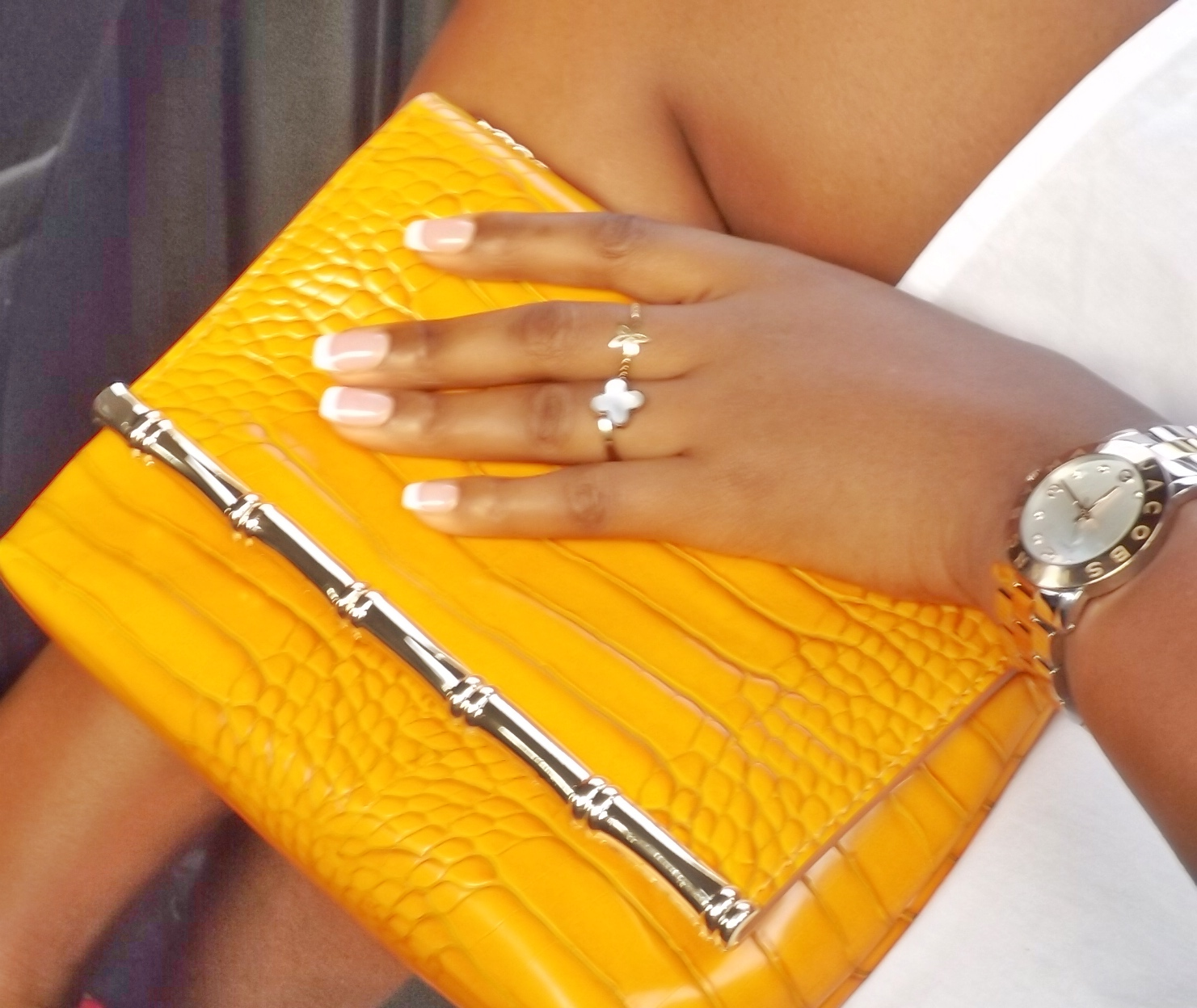 Yellow clutch| Zara